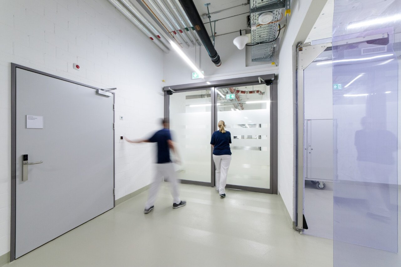 A Côté De Lu0027hôpital Existant, On A Construit Un Hôpital Moderne De Soins  Aigus Avec Des Solutions Fonctionnelles, Une Bonne Répartition Des Chambres  Et Des ...